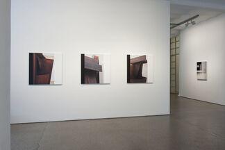 Accrochage IX - Photography, installation view