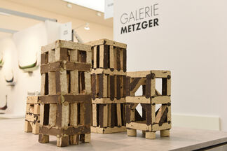 Galerie Metzger at COLLECT 2019, installation view
