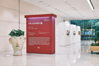 < THE JOURNEY >, installation view