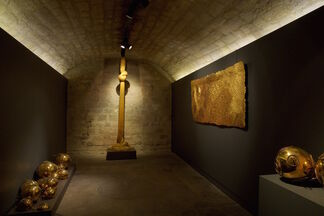 GOLD! — Group Show, installation view