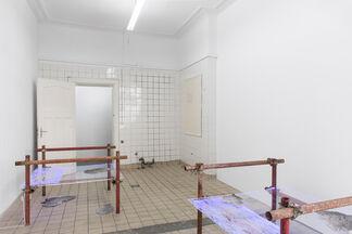 Valinia Svoronou: The glow pt. 2: gravity regimes, installation view