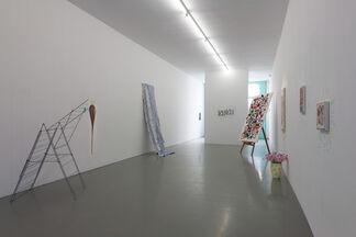 Maria Roosen & Lily van der Stokker - Best mooi, installation view