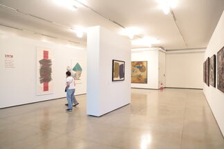 Eight decades of informal abstraction, installation view
