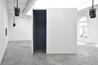 Dara Birnbaum: Psalm 29 (30), installation view