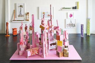 AT PLAY: Ellie Richards + David Halliday, installation view