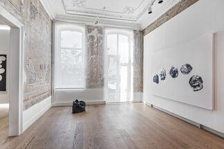Gavin Turk, 'TÜRK', installation view