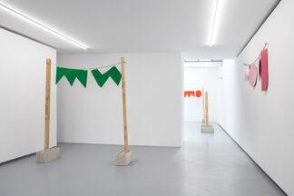Riverside, solo show by Stephen Felton, installation view