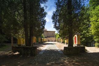 14 artisti. Via Crucis - Madonna d'Ongero - Carona, installation view