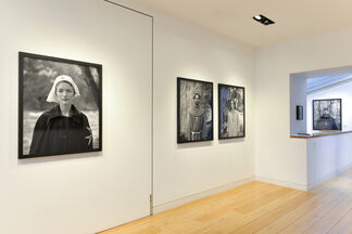 Alys Tomlinson: Ex-Voto, installation view