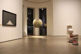Finissage & Guided Tour: Jochen Höller - Money, installation view