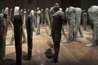Magdalena Abakanowicz. Crowd and Individual, installation view