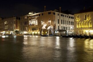 Lorenzo Quinn at the Venice Biennale, installation view