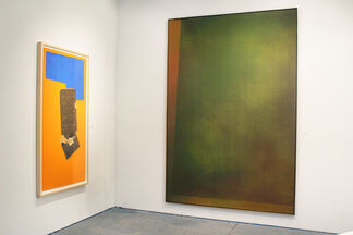 Leslie Feely at Art Miami 2015, installation view