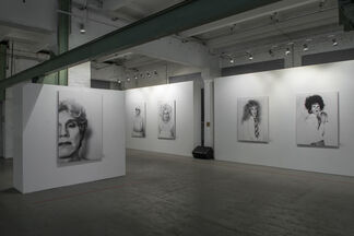 An Outward Glance: Christopher Makos on Andy Warhol's Epoch, installation view