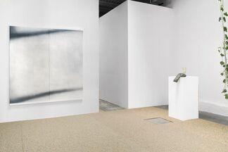 INCLINATIONS: Alyse Ronayne, Gabriela Vainsencher, Heather McKenna, Sara Mejia Kriendler, & Tim Simonds, curated by Jae Cho, installation view