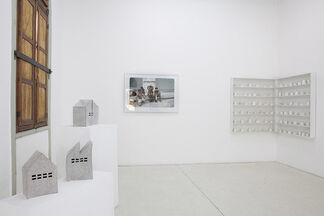 LA MISMA 2005-2015, installation view