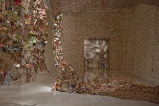 Gli (Wall), installation view