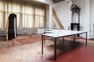MANIERA 01 & 02: OFFICE Kersten Geers David Van Severen & Studio Anne Holtrop i.c.w. Bas Princen, installation view