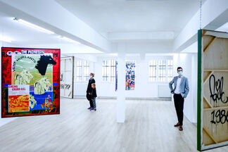 Off the Walls, installation view