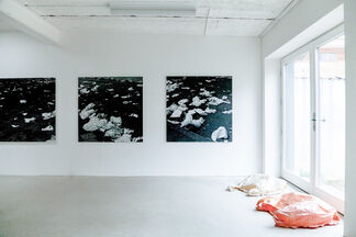 When the wind blows, installation view