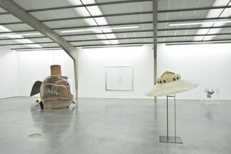 35 Years Panamarenko & Deweer Gallery - A Brilliant Story Since 1983, installation view