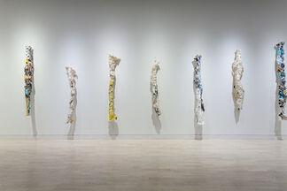 Free Fall: Lynda Benglis & Polly Apfelbaum, installation view