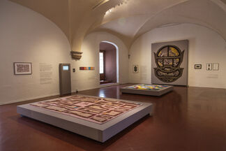 Weaving Design Stories. Contemporary Perspectives from the Silk Road, installation view