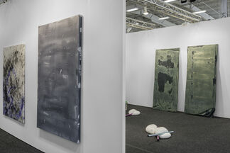 DUVE Berlin at NADA New York 2015, installation view