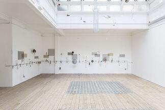 Rodrigo Matheus, One – Entre – in the Middle, installation view