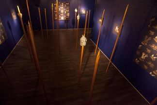 Kent Henricksen: Disharmony in Blue and Gold, installation view