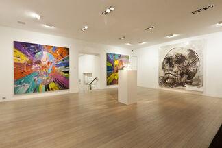 Damien Hirst vs. Philippe Pasqua : SKULL, installation view