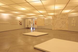 Sinais/Signals Mira Schendel, installation view