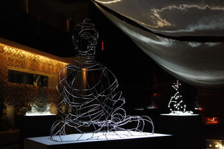Zhongying's Icons: Shi Zhongying's Contemporary Sculpture at The Opposite House, installation view
