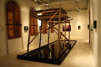 CARTOGRAFÍAS PARA NAVEGANTES DE TIERRA - Enrique Ramirez, installation view