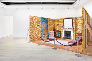 Yinka Shonibare MBE | Prejudice at Home: A Parlour, a Library, and a Room, installation view