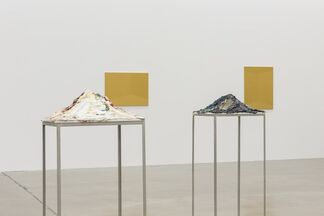 Futo Akiyoshi - Adherence, installation view