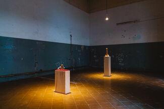 PESADILLAS PARA MESITAS DE NOCHE / NIGHTMARES FOR BEDSIDE TABLES, installation view