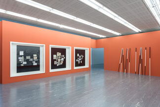 Simon Wachsmuth – Monuments. Documents., installation view