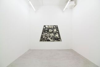 Hiroki Tsukuda, BLACK OUT THUNDER STORM, installation view