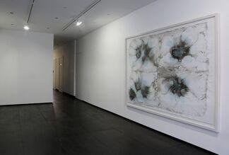 Vay Hy, installation view