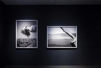Arno Rafael Minkkinen - Floating in the Air, installation view