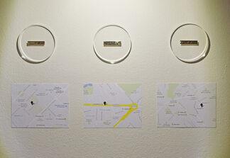 Cambio pesetas por dibujos de billetes de euros. Tasa de cambio 1:1, installation view