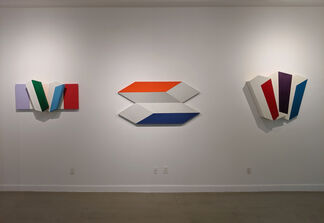 Charles Hinman: Chromatic Eclipse, installation view