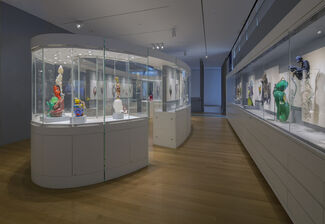 Maryland to Murano: Neckpieces and Sculptures by Joyce J. Scott, installation view