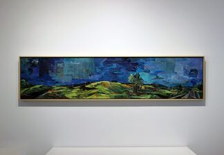 180º: Encaustic in Contemporary Art, installation view