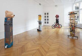 Umut Yasat: 24/11, installation view