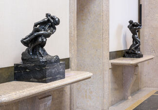 The Kiss at the Rodin Museum, installation view
