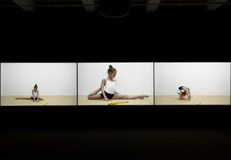 Rineke Dijkstra: The Gymschool, St. Petersburg 2014, installation view