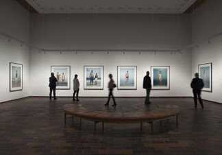 Rineke Dijkstra: The One and the Many, installation view