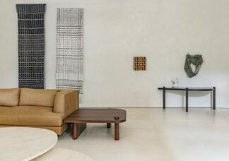 An Unbound Chain, installation view